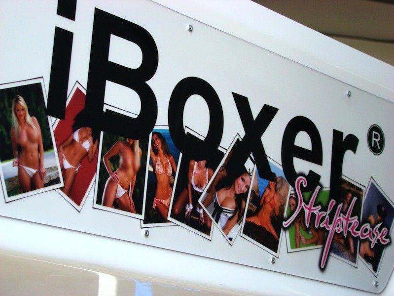 iBoxer Striptease